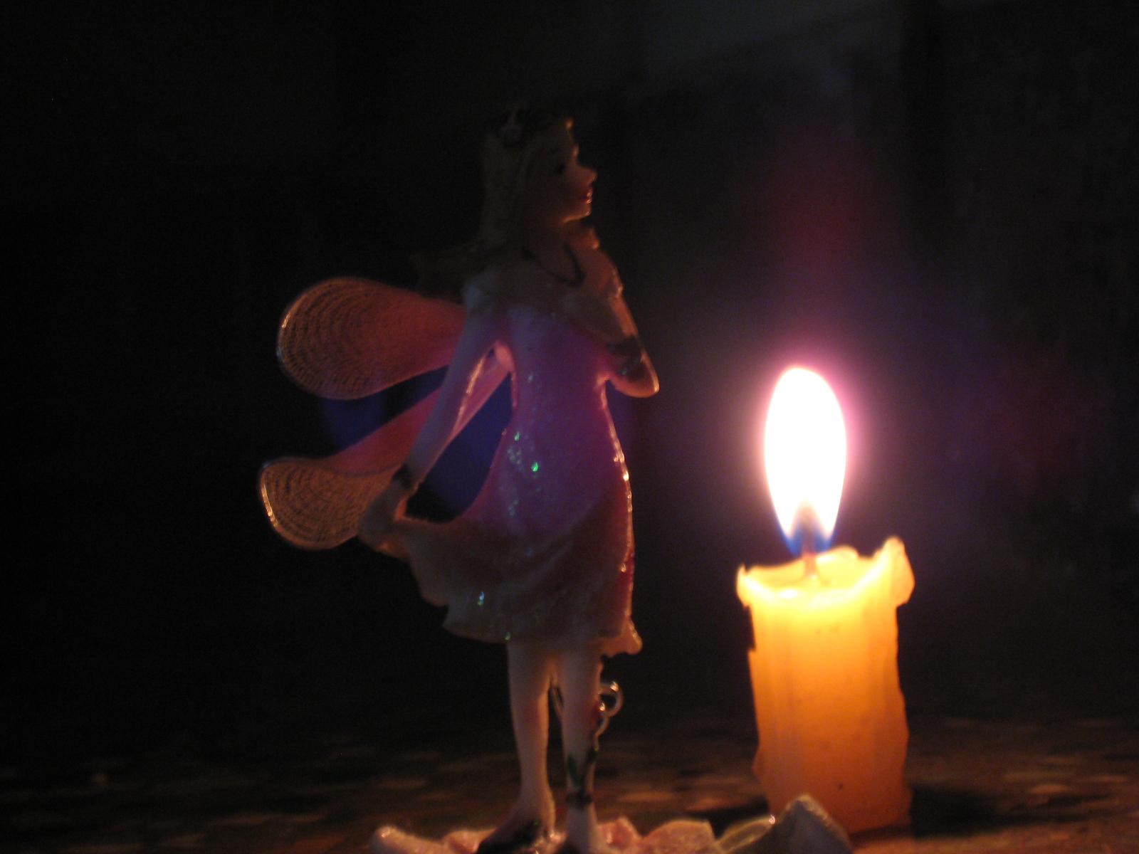 Картинка танец со свечами