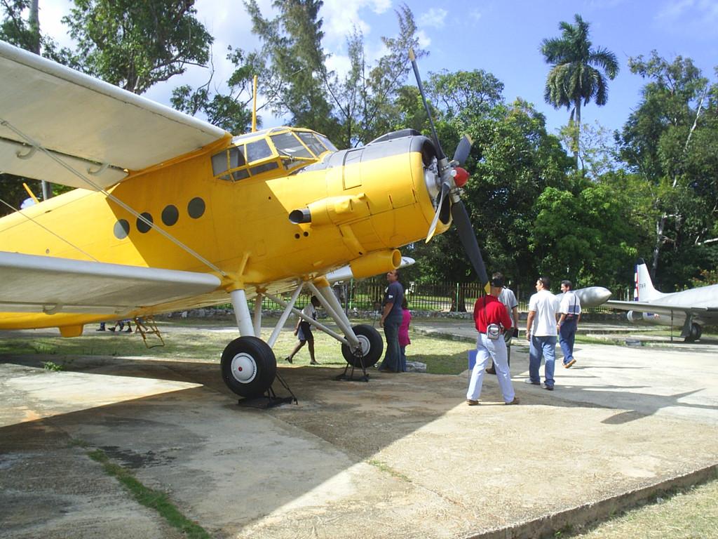 Museo Del Aire Cuba Images