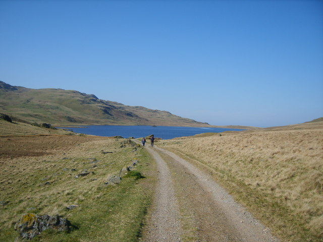 Approaching Devoke Water - geograph.org.uk - 1261391