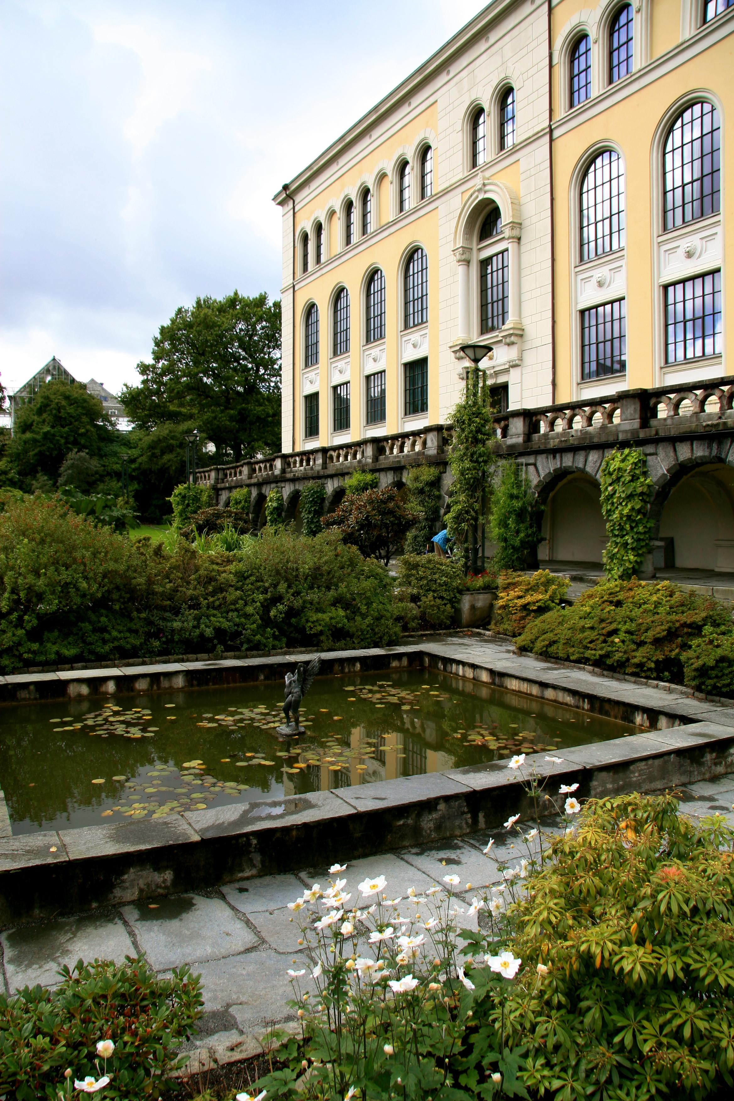 Image: The museum garden at Bergen Museum