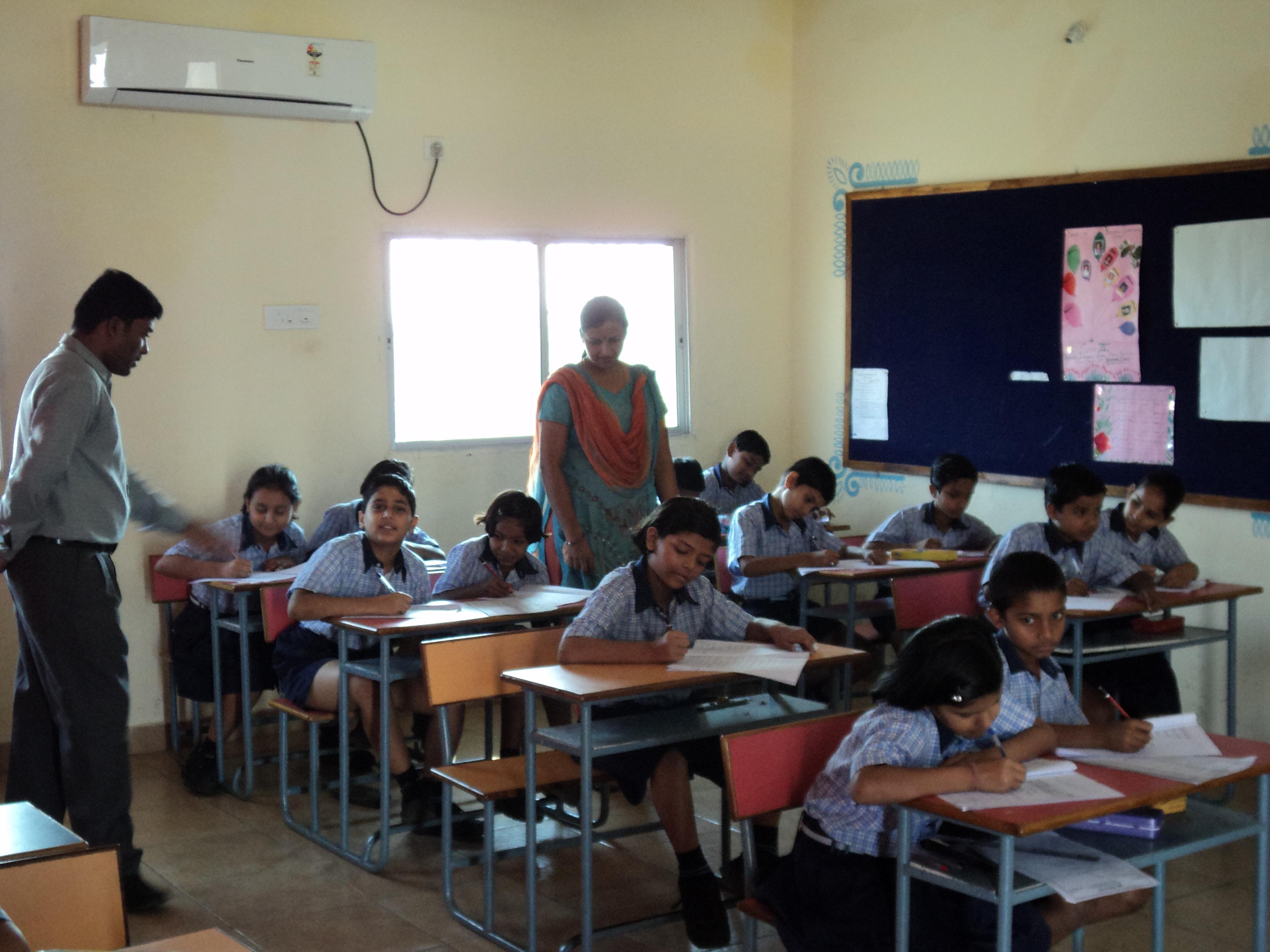 File Brighton International School Raipur Ac Classroom