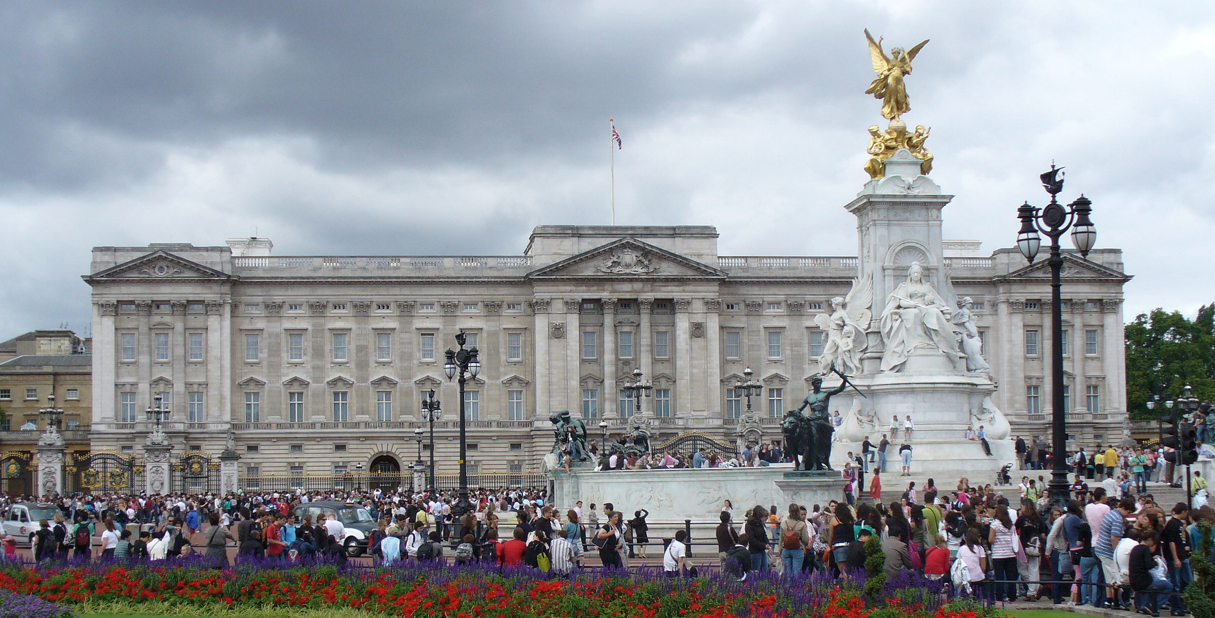 What I Learned Working A Summer Job At Buckingham Palace