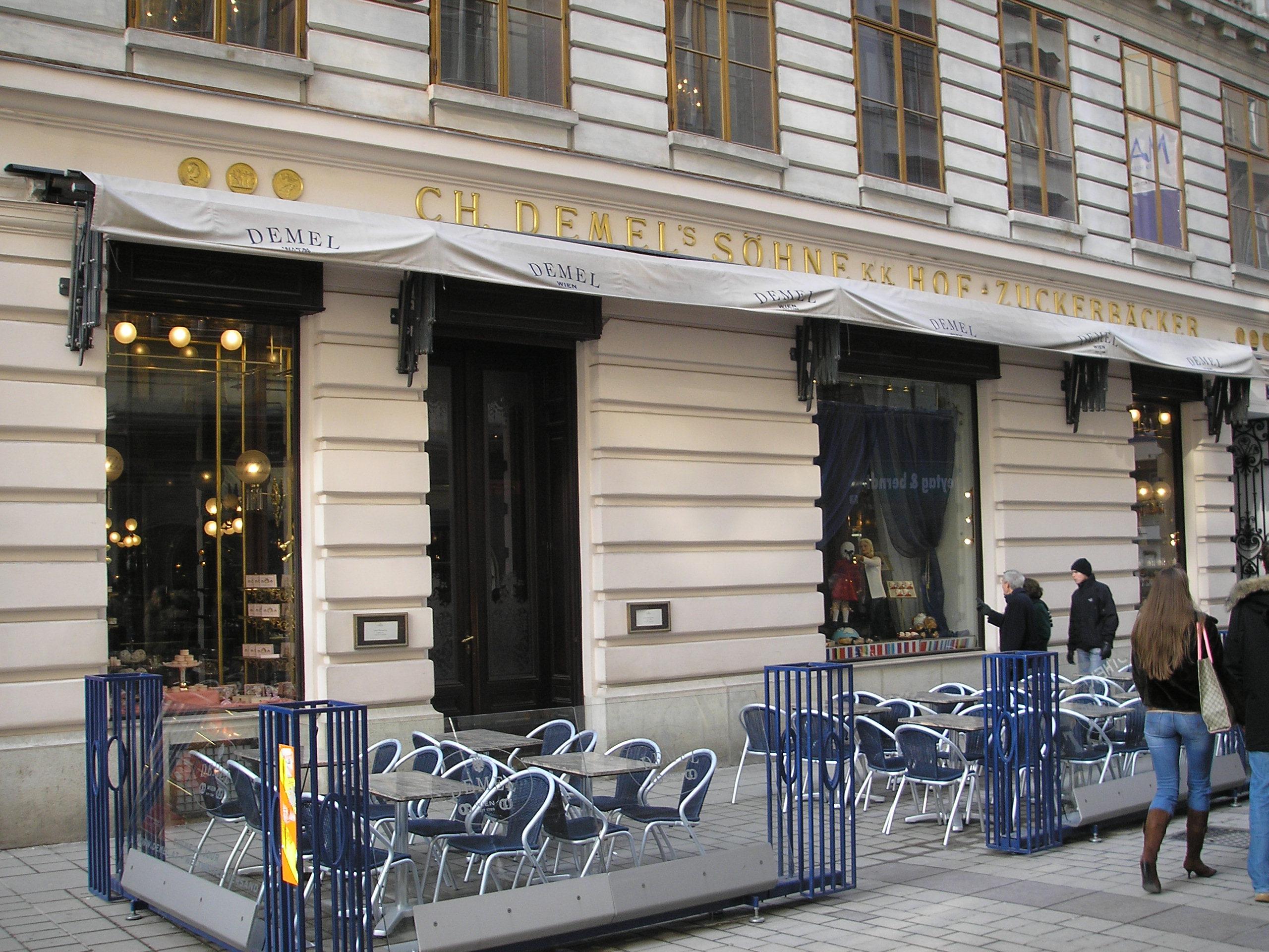 Wien New York Flug Und Hotel