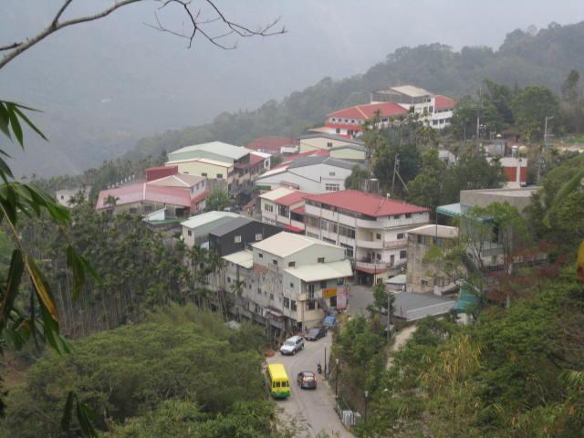 劍湖山 Wikipedia: 来自维基导游的旅行指南
