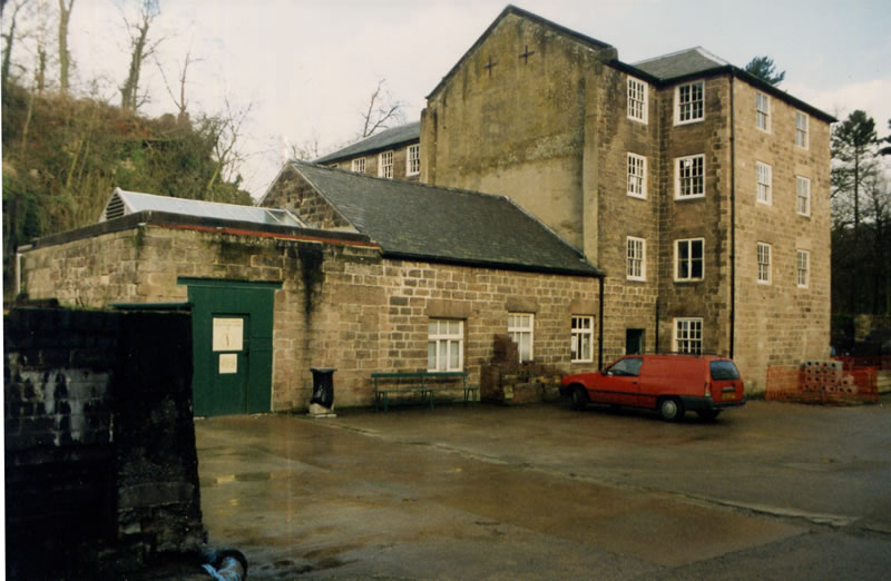 File:Cromford mill two 1995.jpg