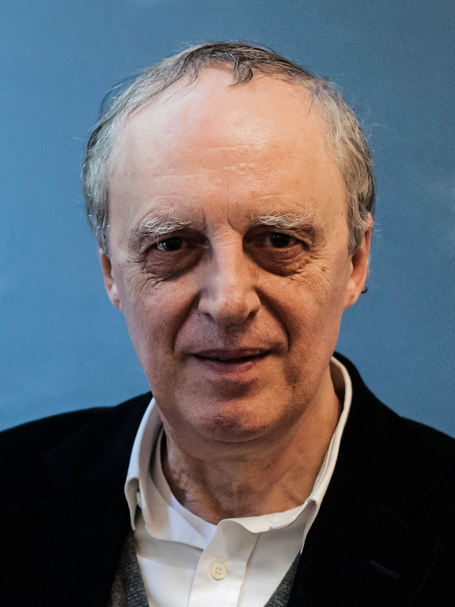 Dario Argento by Filmfestival Linz [CC BY 2.0], via Wikimedia Commons