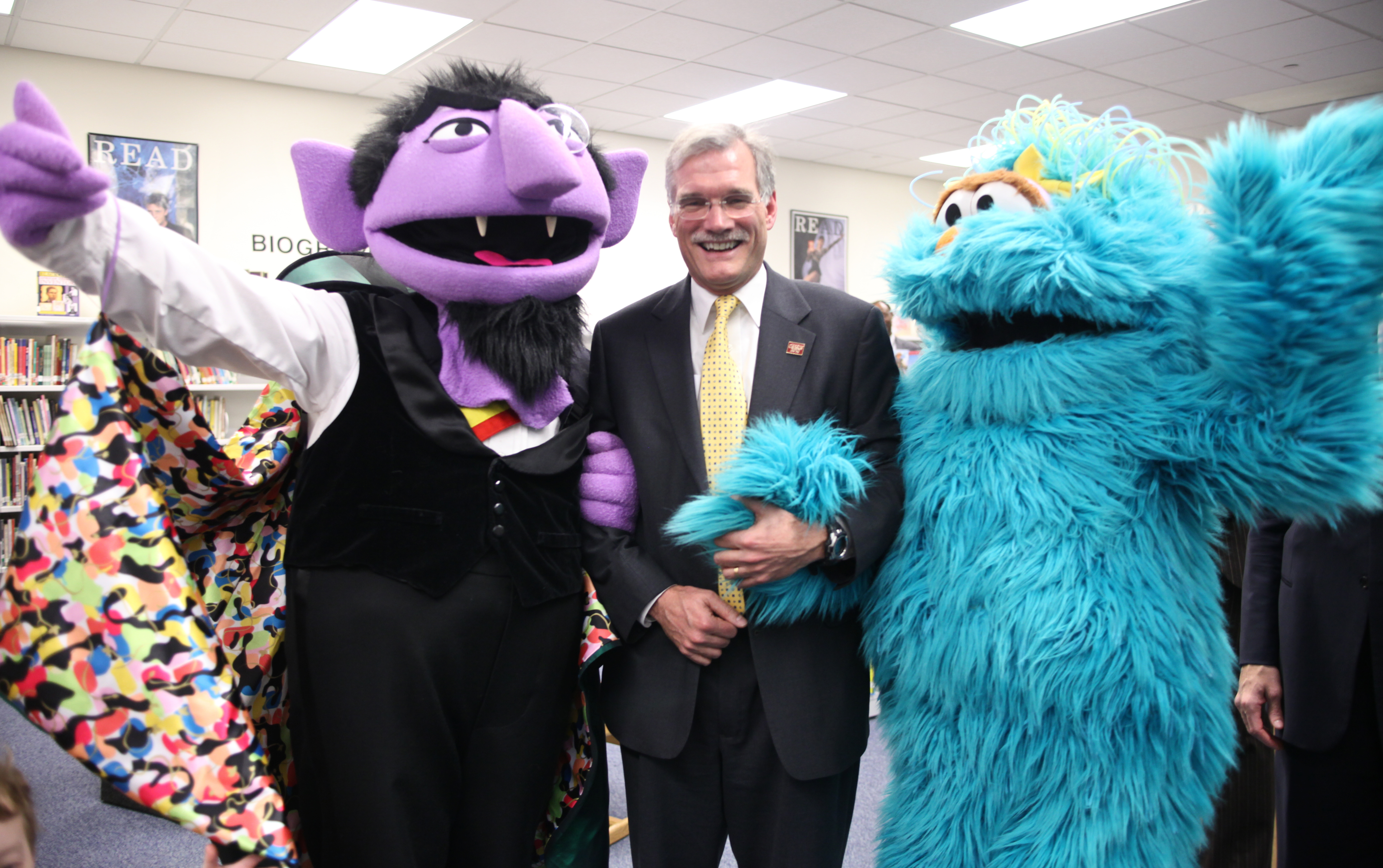 File:Director Groves With Sesame Street Characters