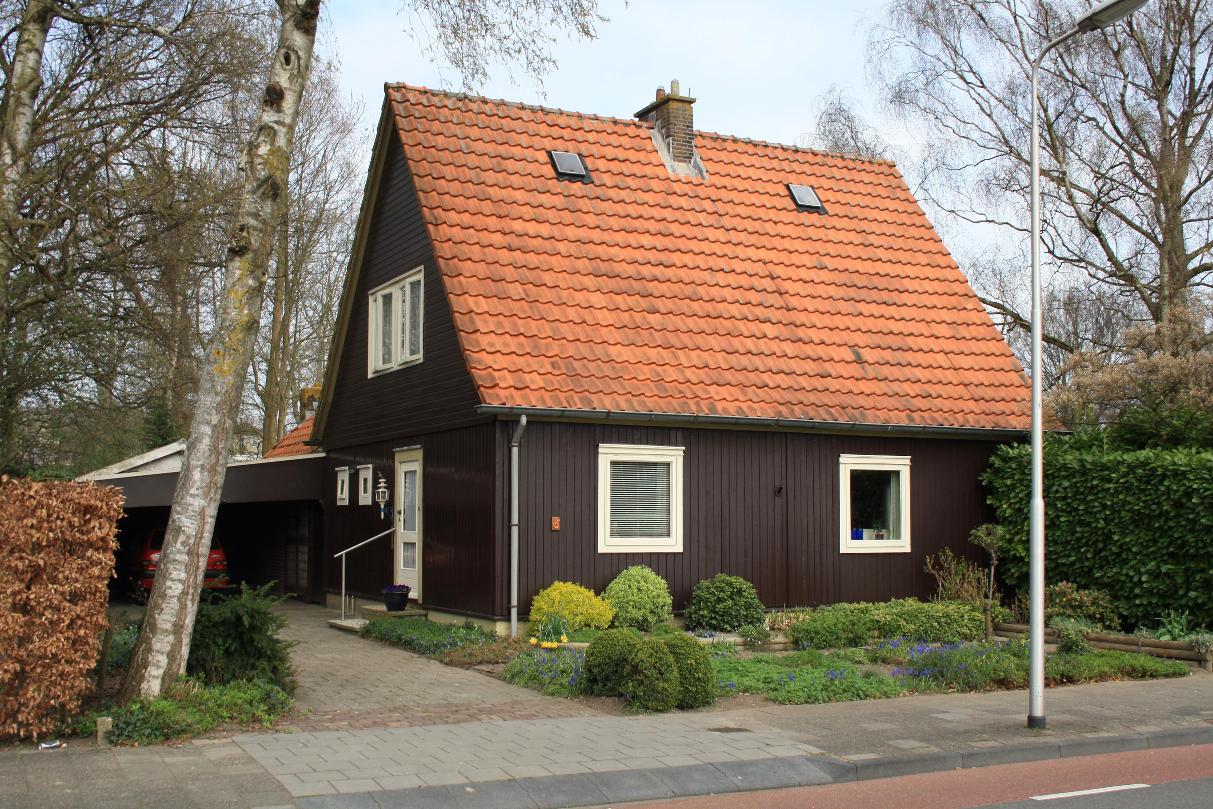 Houten woonhuis van het type ow in emmeloord monument - Meer mooie houten huizen ...