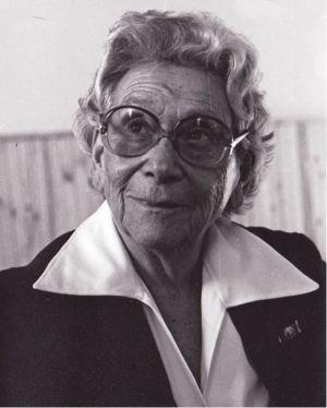 Emmi Pikler, criadora da abordagem Pikler