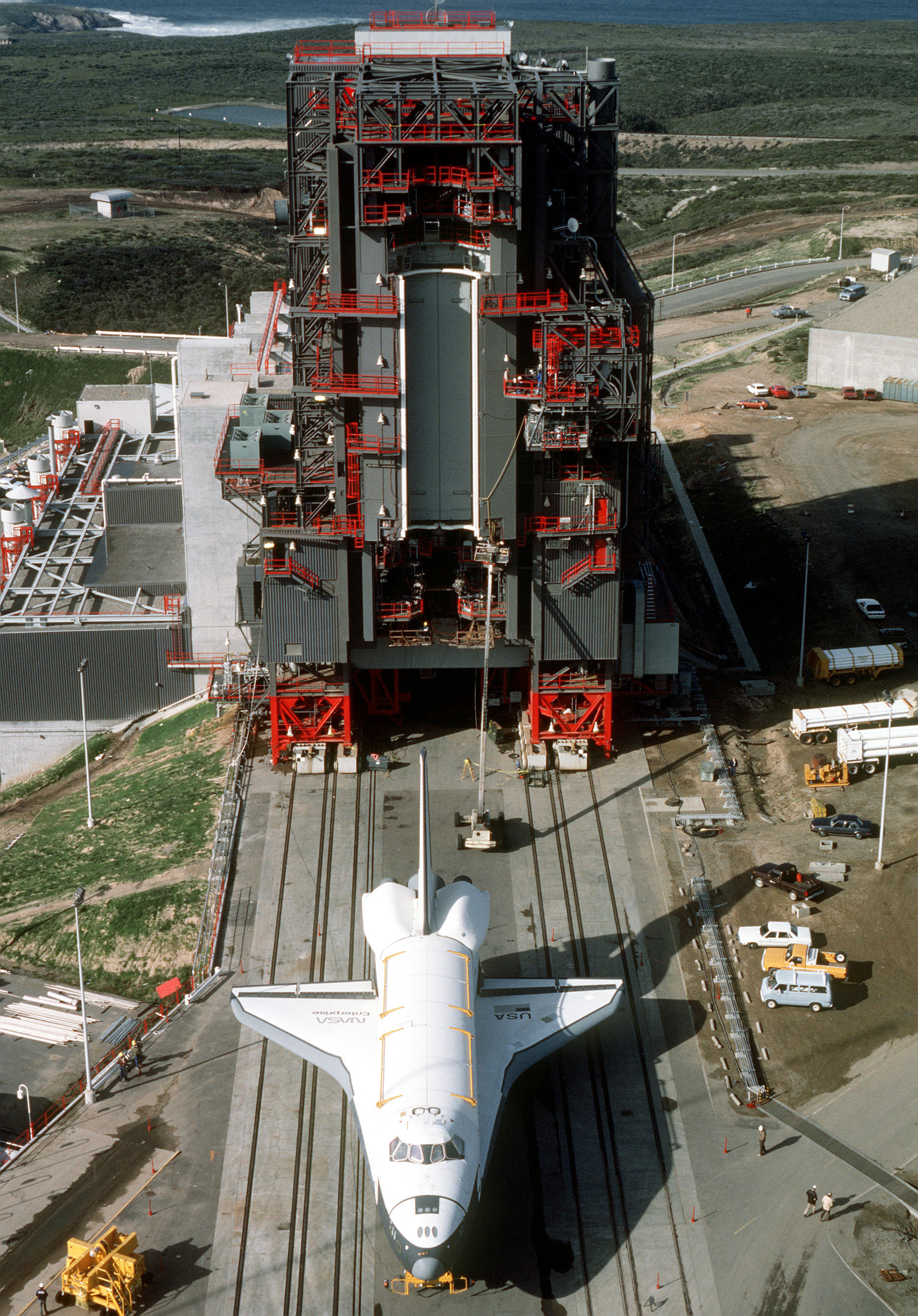 space shuttle at vandenberg - photo #16