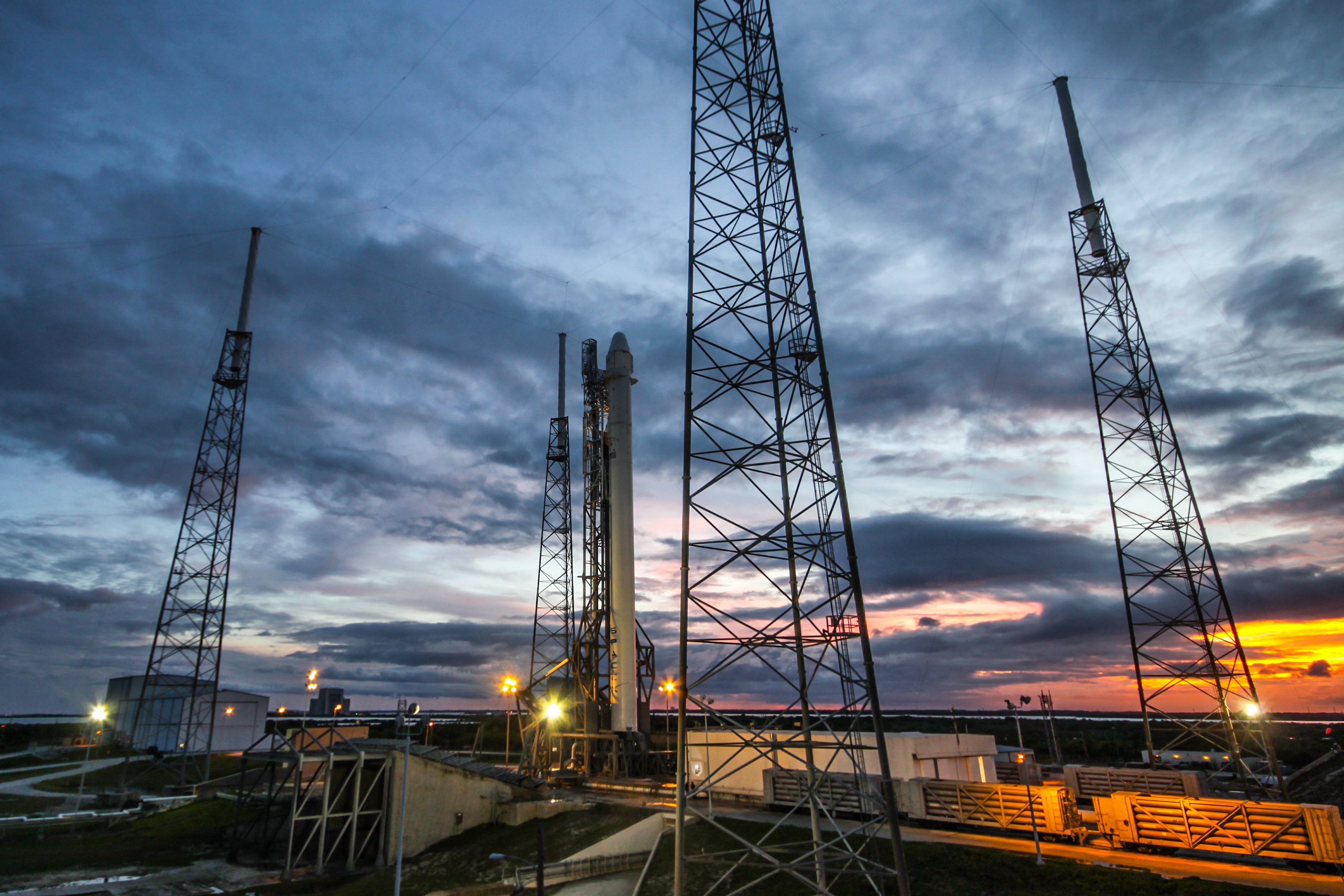file falcon 9 preparing to launch crs 4 dragon 16642025217 jpg
