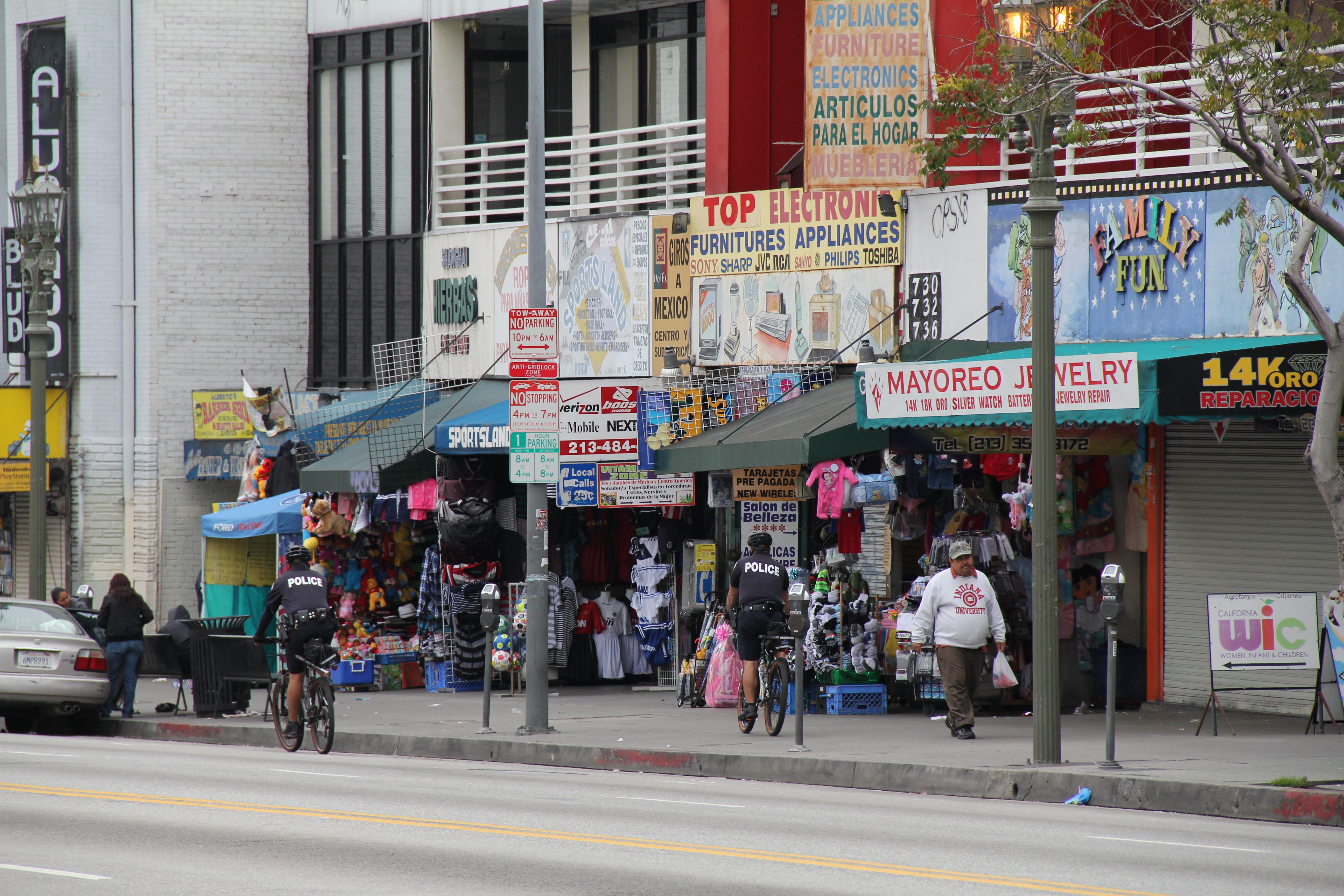 LA Fashion District 55