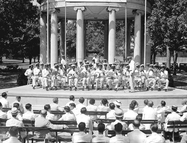 File:Federal Music Project Concert Popps Bandstand 1936 Negro Band.jpg