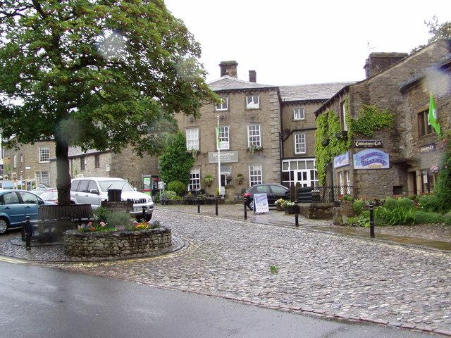 Grassington Village Square - geograph.org.uk - 543176