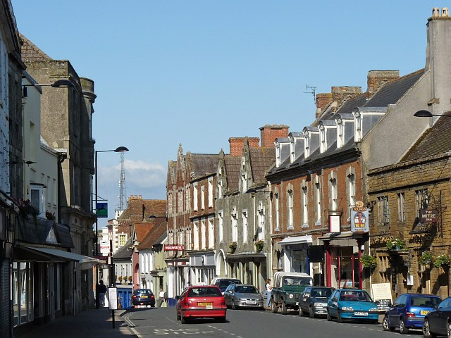 High Street, Shaftesbury - geograph.org.uk - 1440129