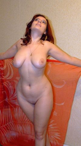 Figure hourglass women milf nude