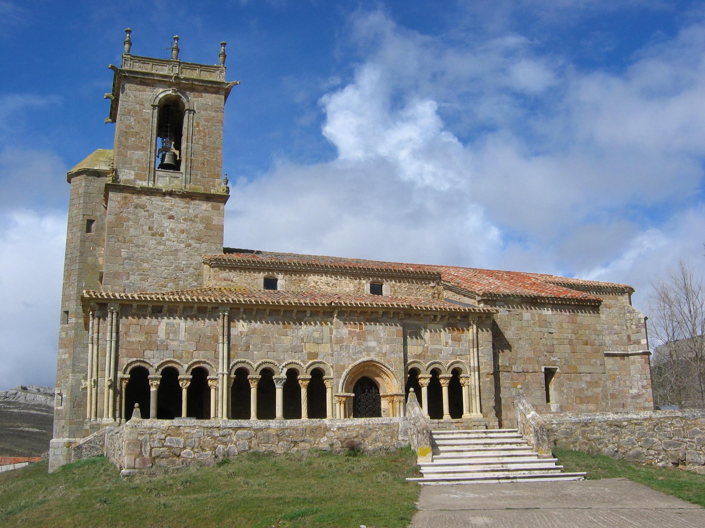 Iglesia de San Julián y Santa Basilisa (Rebolledo de la Torre ...