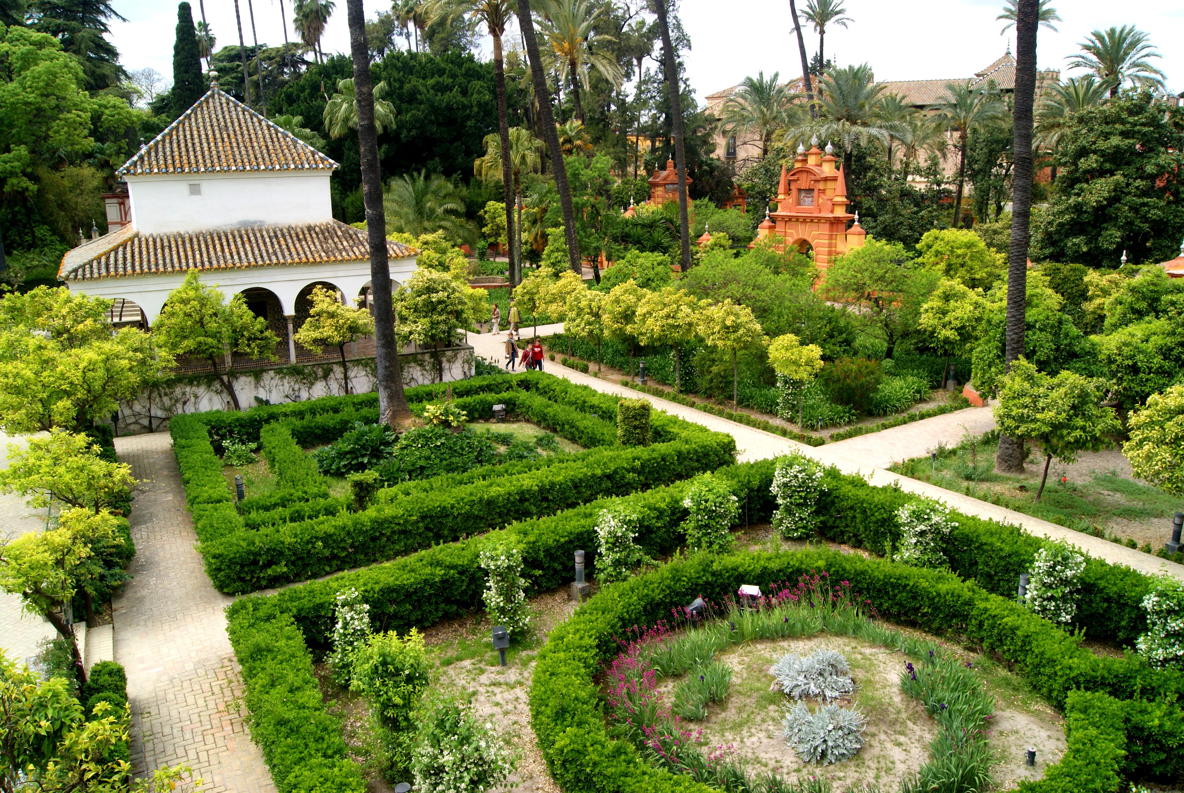 File:Jardines de los Reales Alcázares.JPG - Wikimedia Commons