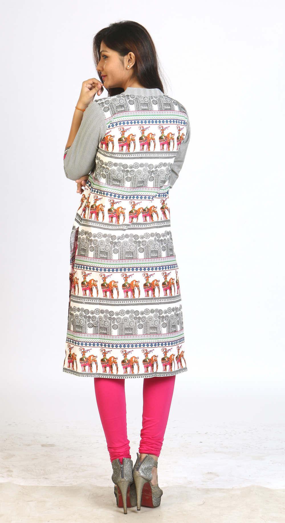 File:Ladies kurta with leggings jpg - Wikimedia Commons
