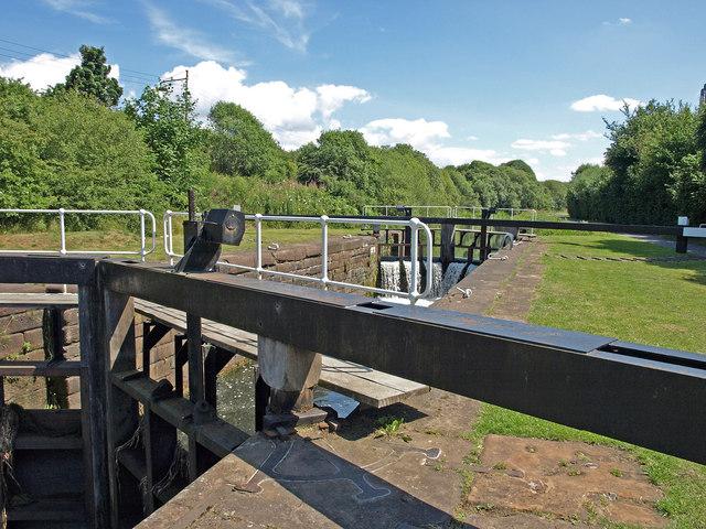 Lock 26 - geograph.org.uk - 1397747