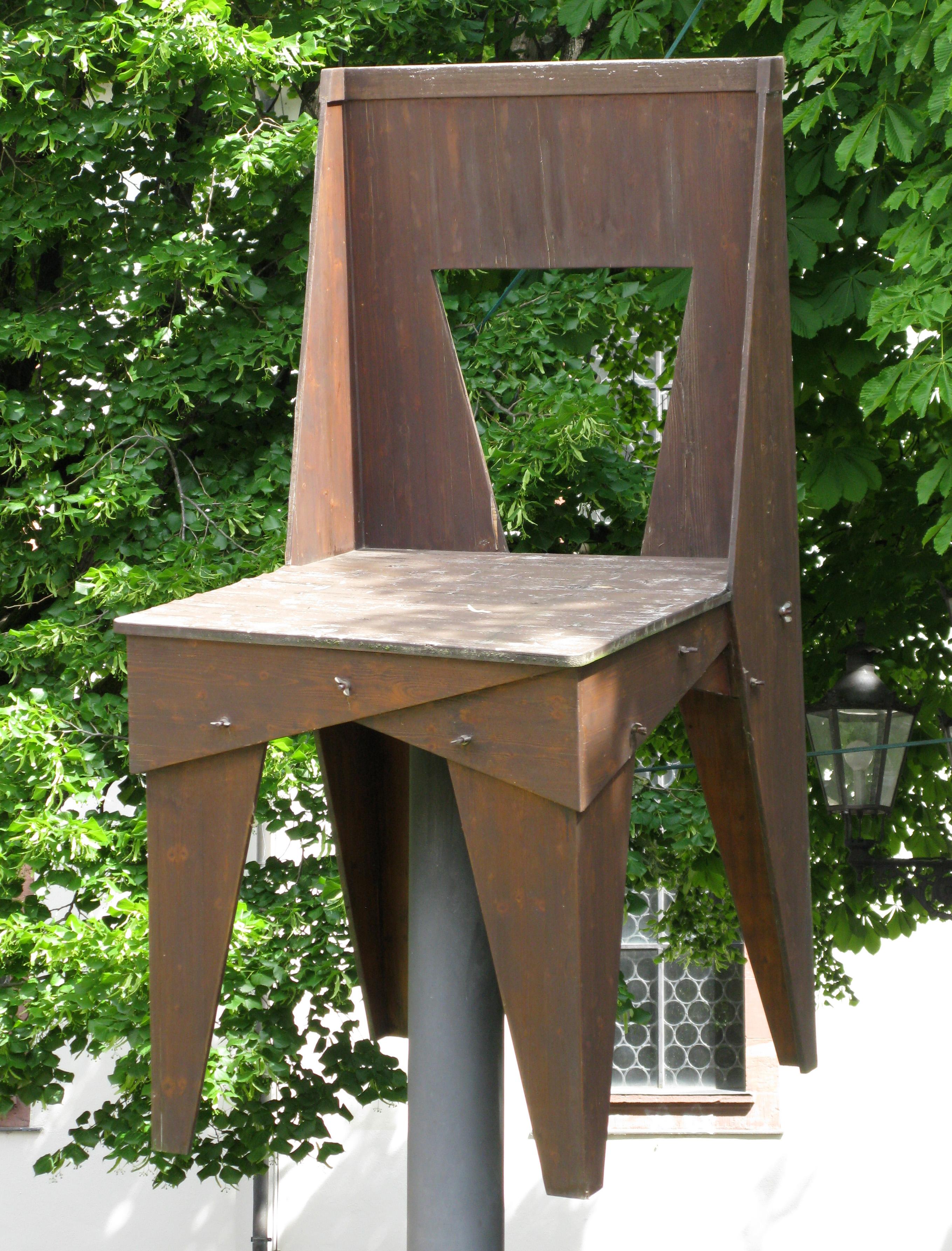 file maxistuhl wingnut chair von jasper morrison in weil am rhein altweil. Black Bedroom Furniture Sets. Home Design Ideas
