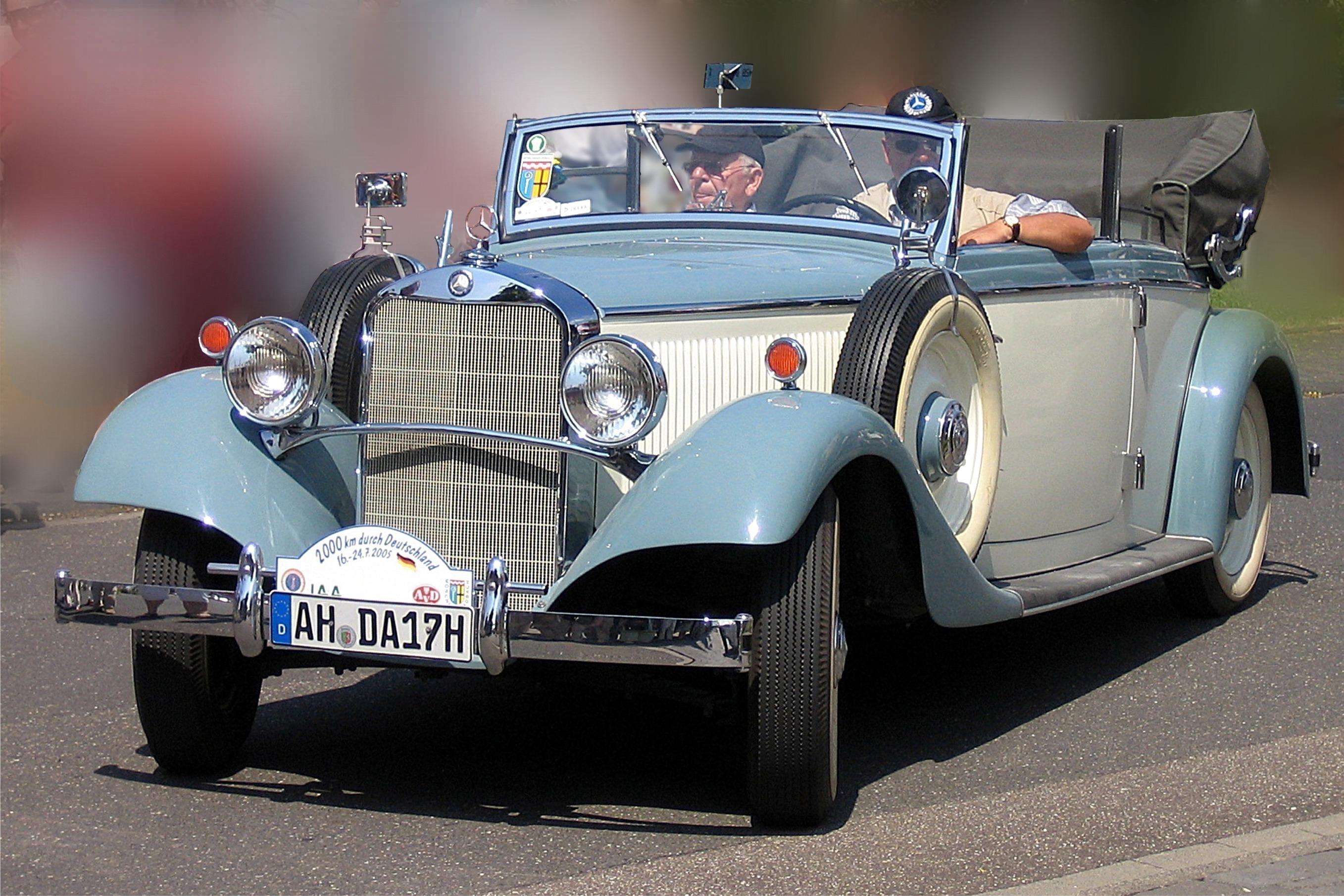 Mercedes Benz License Plate Screws