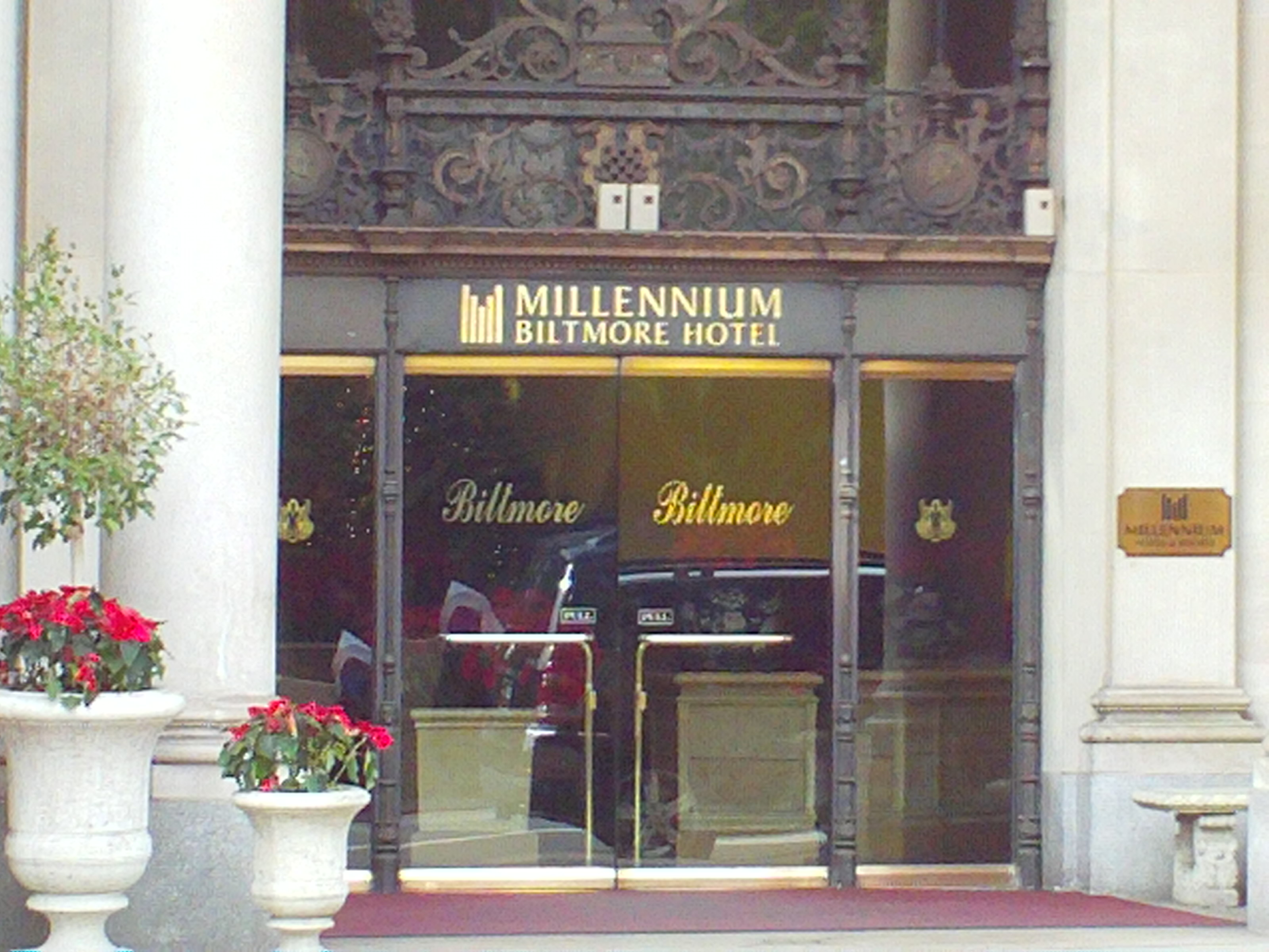 File Millennium Biltmore Hotel Los Angeles Ca Usa Dec 27