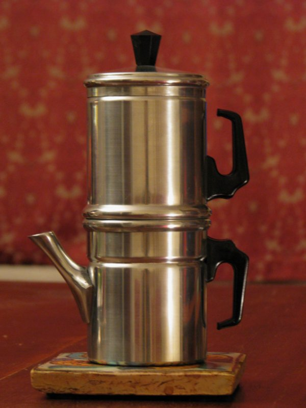 How To Use Napoletana Coffee Maker : Neapolitan flip coffee pot - Wikipedia