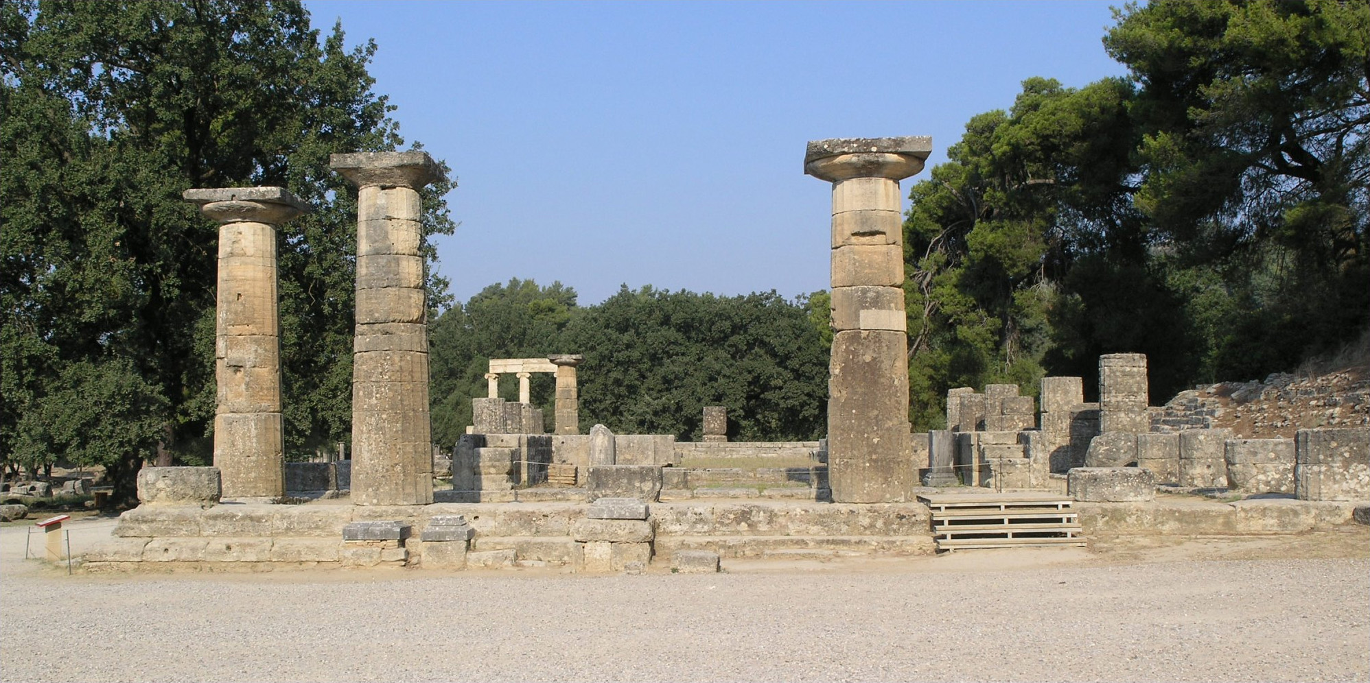 File Olympia Temple Of Hera Wikimedia Commons