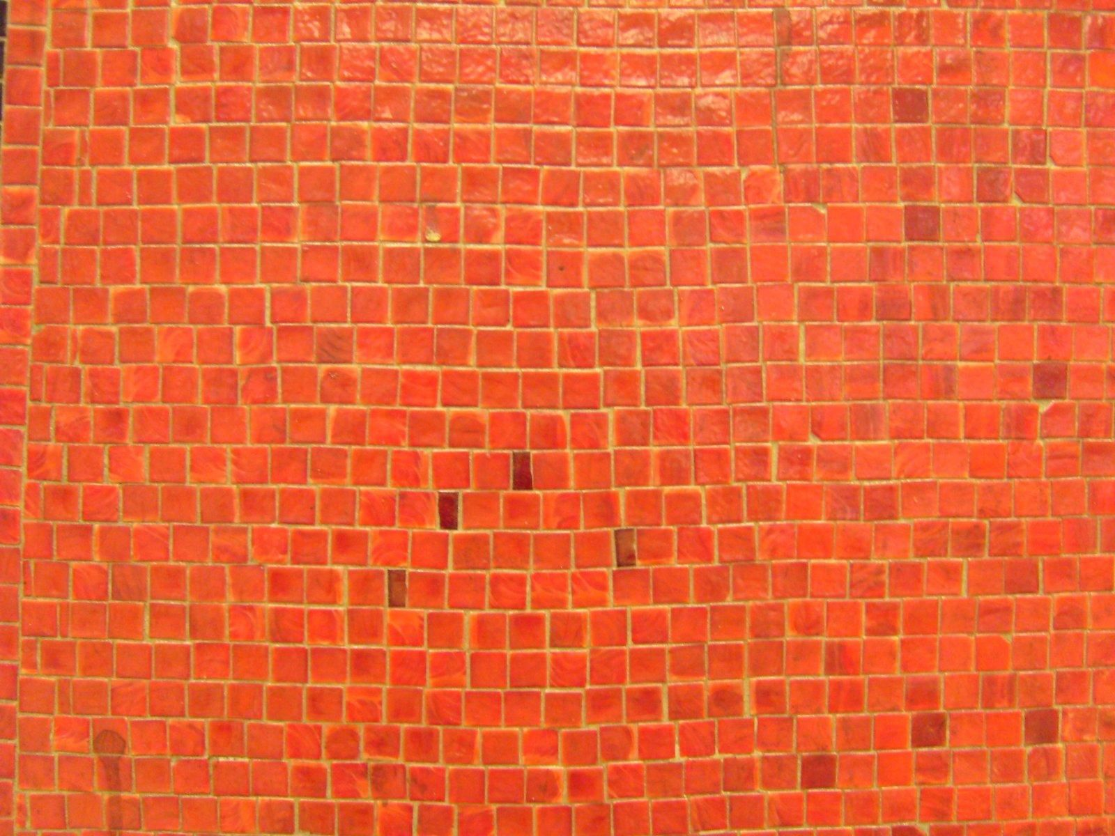 File:Orange mosaic walljpg - Wikimedia Commons
