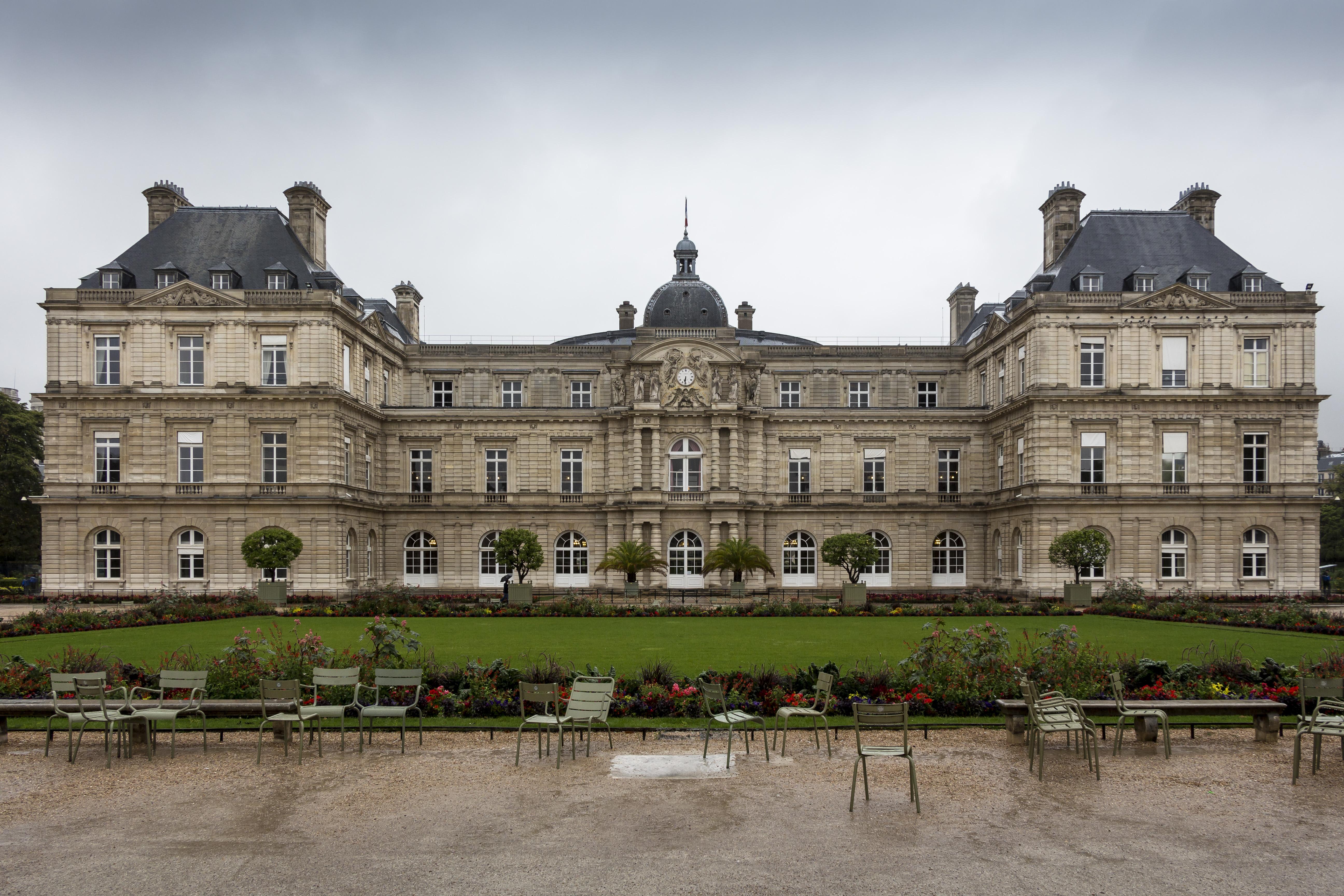 french baroque architecture wiki everipedia. Black Bedroom Furniture Sets. Home Design Ideas