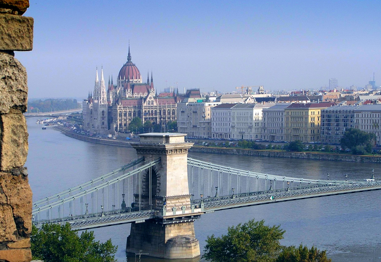 File Parliament Budape...