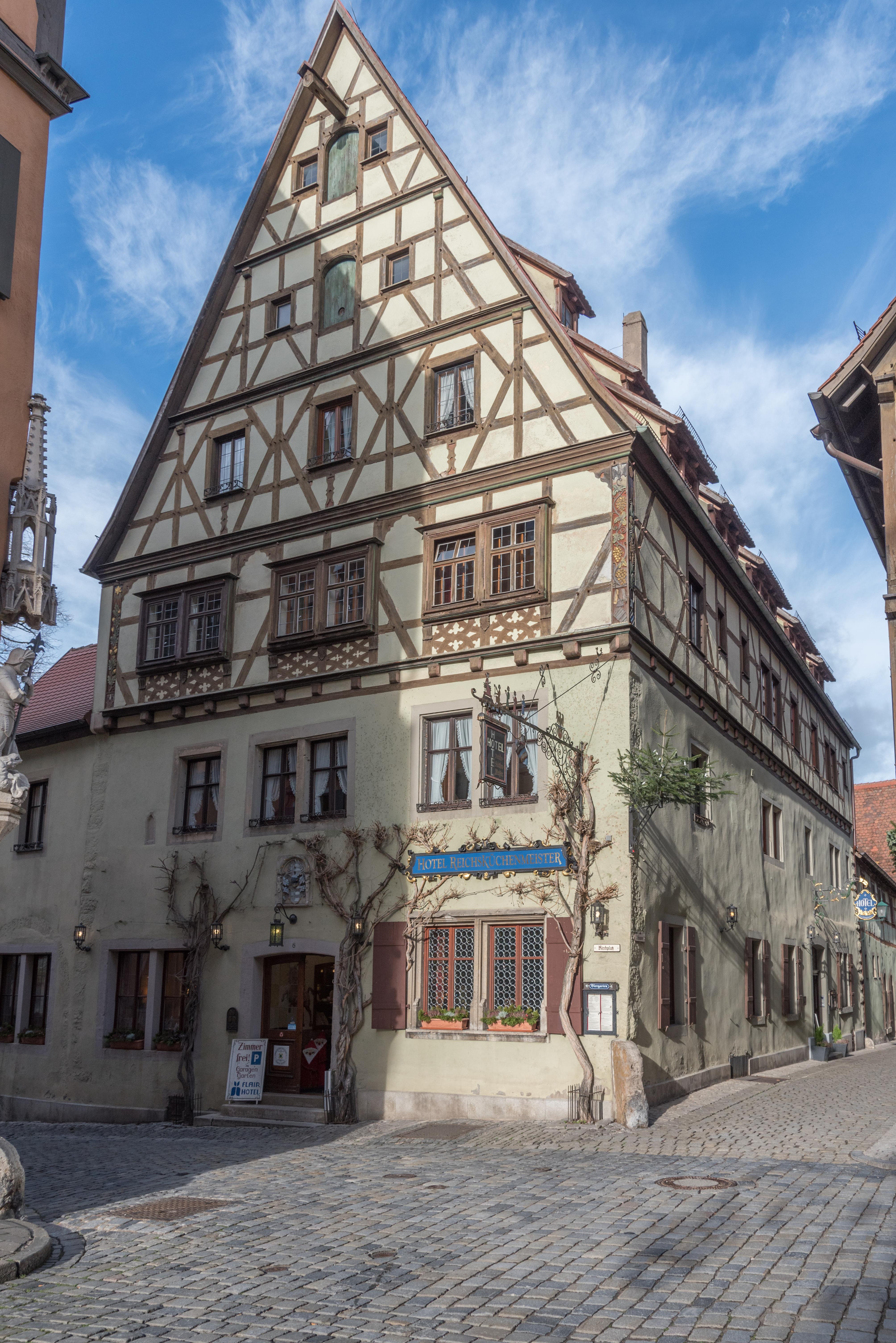 File Rothenburg Ob Der Tauber Kirchplatz 8 20160108 004 Jpg Wikimedia Commons