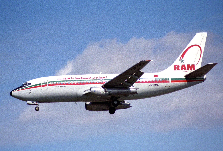 Anciens avions de la RAM - Page 2 Royal_Air_Maroc_Boeing_737-2B6%3B_CN-RML%40LHR%3B04.04.1997_%285491902322%29