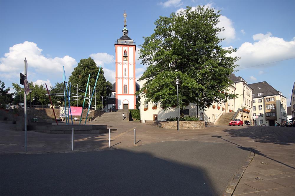 Siegen Germany  City new picture : Kornmarkt in Siegen, Germany. Kornmarkt is Siegen's marketplace which ...