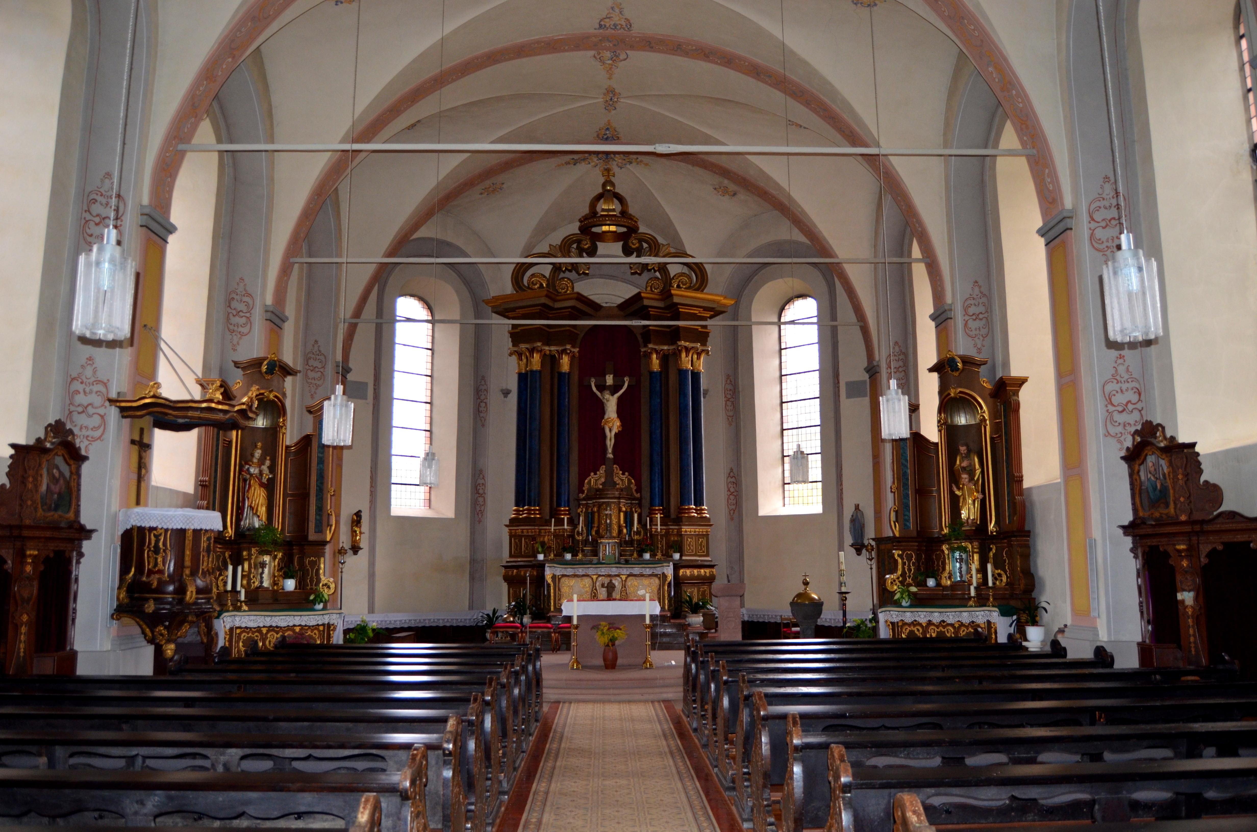 Datei:St. Castor, Mörsdorf (Hunsrück), interieur.jpg – Wikipedia