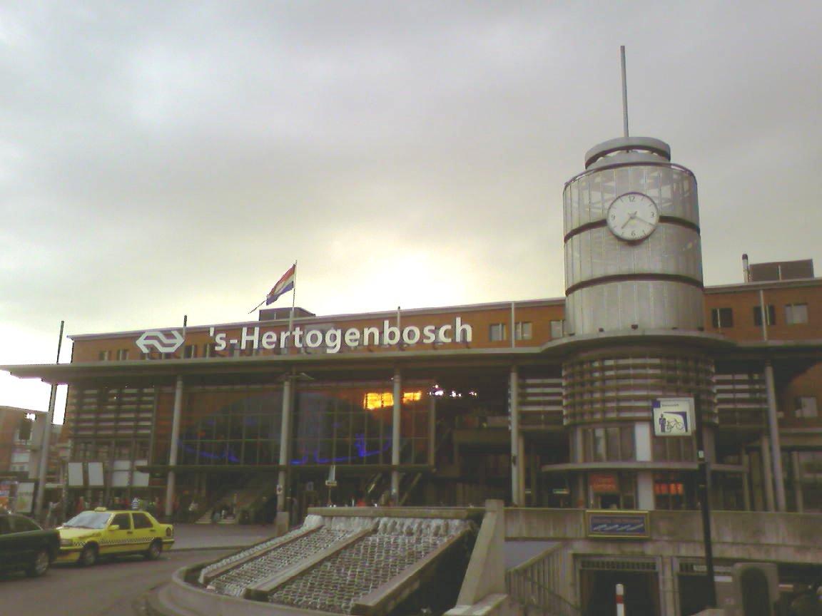 Station_Den-Bosch.jpg