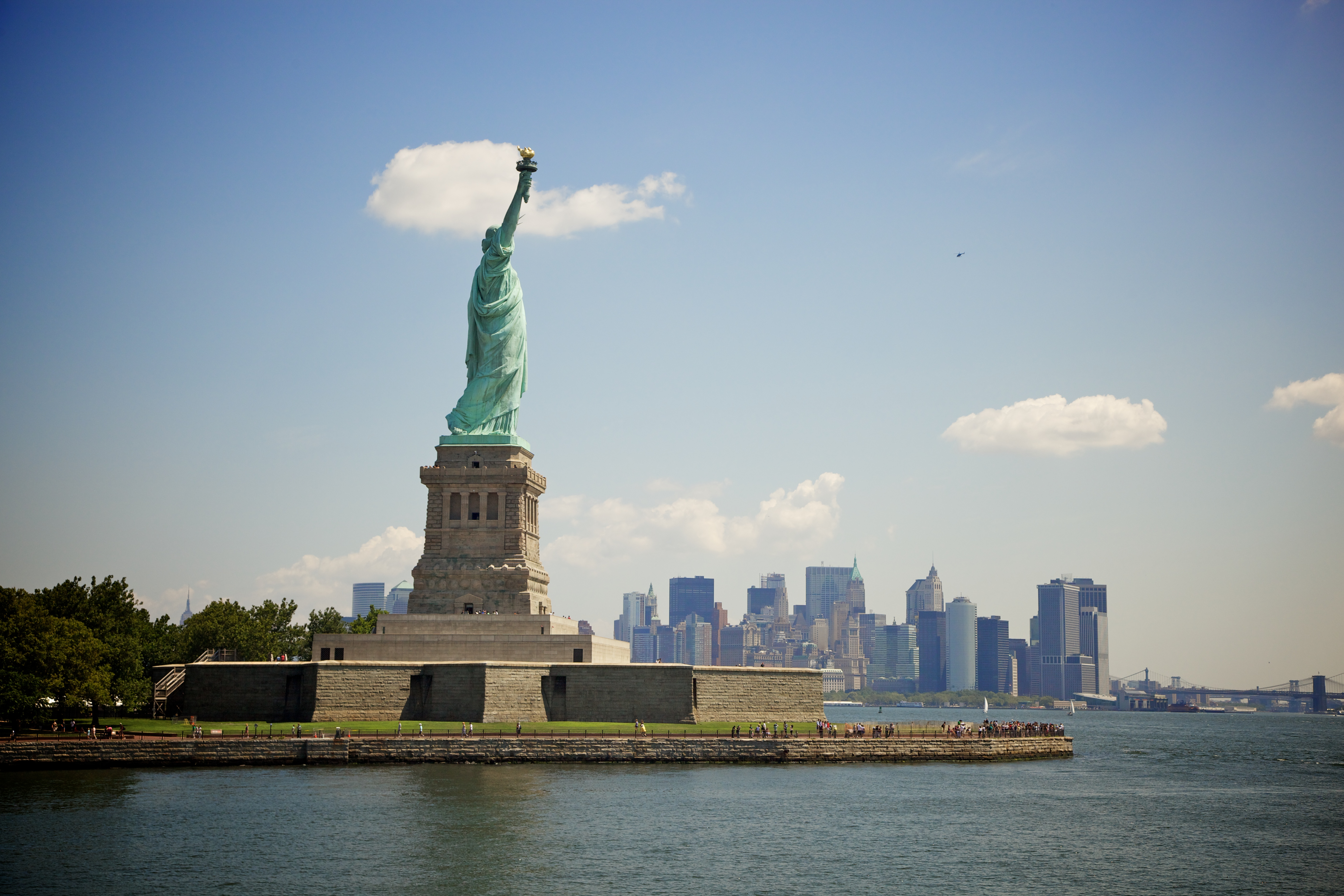 The Statue of Liberty and Ellis Island Essay