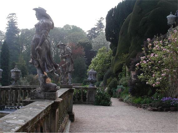 Terrace walk, Powis castle - geograph.org.uk - 331294