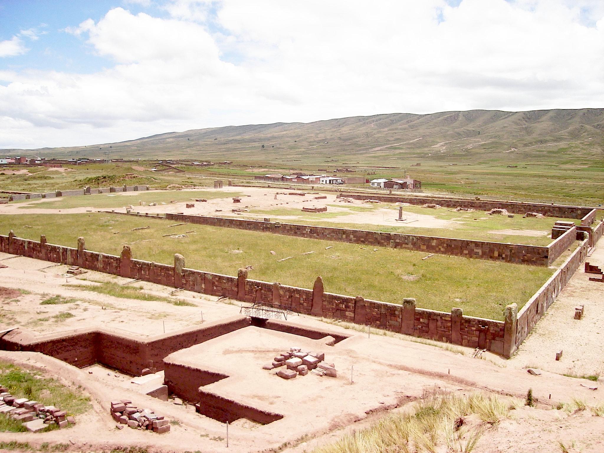 Tiwanaku21.jpg