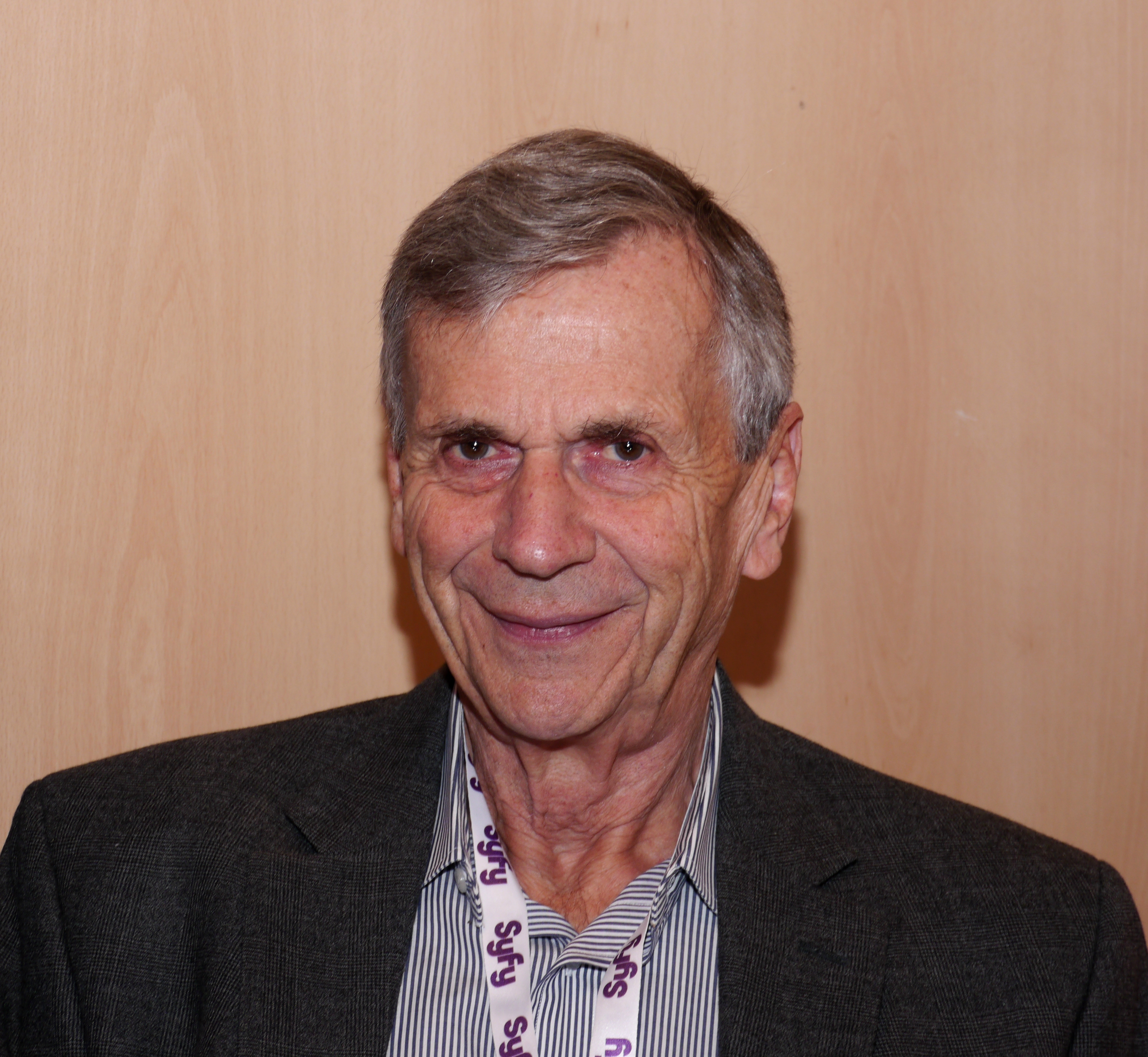 Toulouse Game Show 2011 - William B Davis - P1280947.jpg