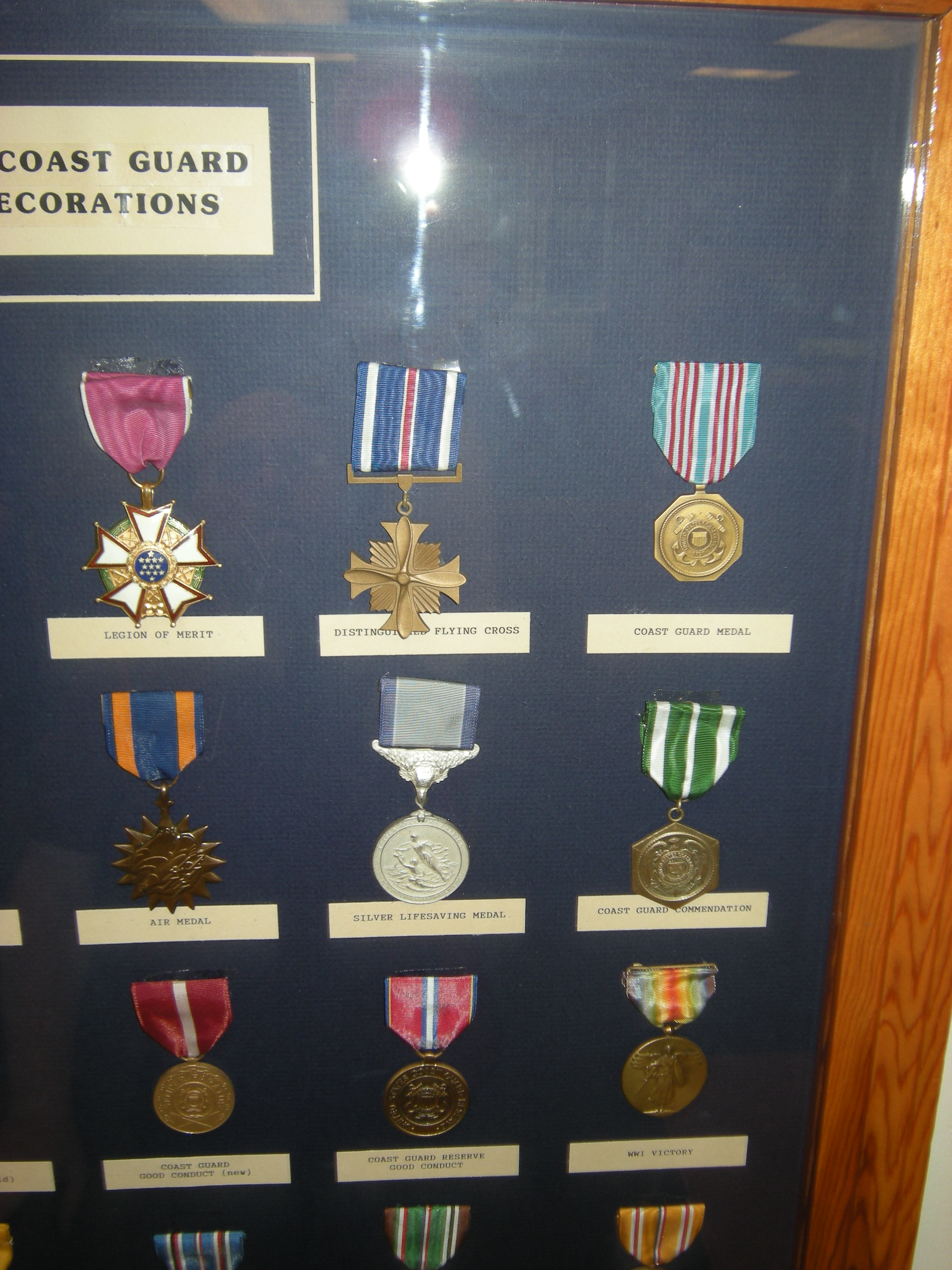 File:USCG medals 02 jpg - Wikimedia Commons