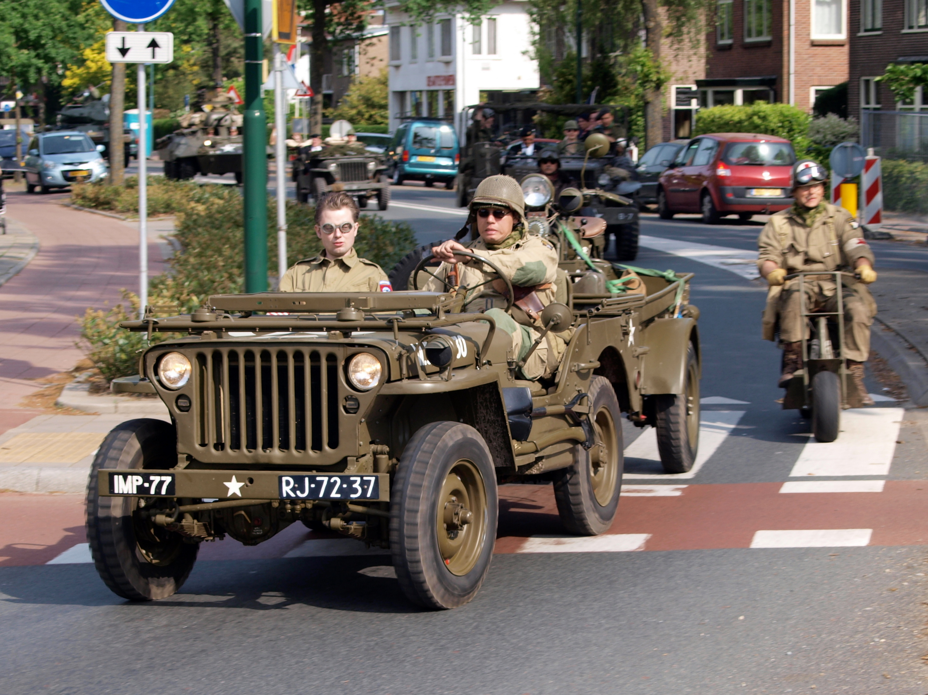 File Willys Mb Ford Gpw Jeep With Trailer Bridgehead