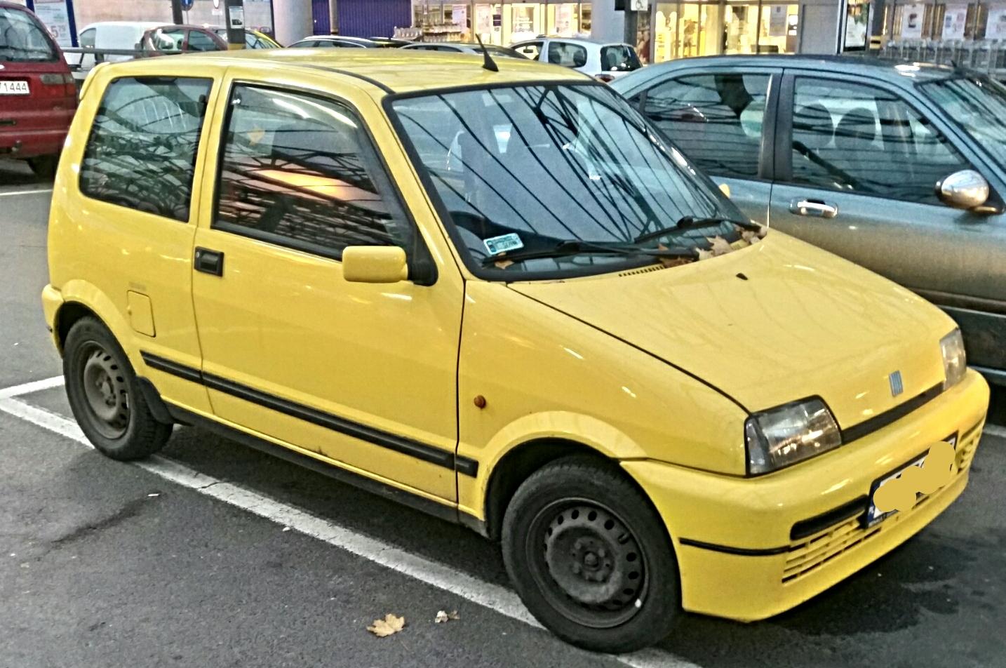 File:Yellow Fiat Cinquecento Sporting 01.jpg - Wikimedia Commons