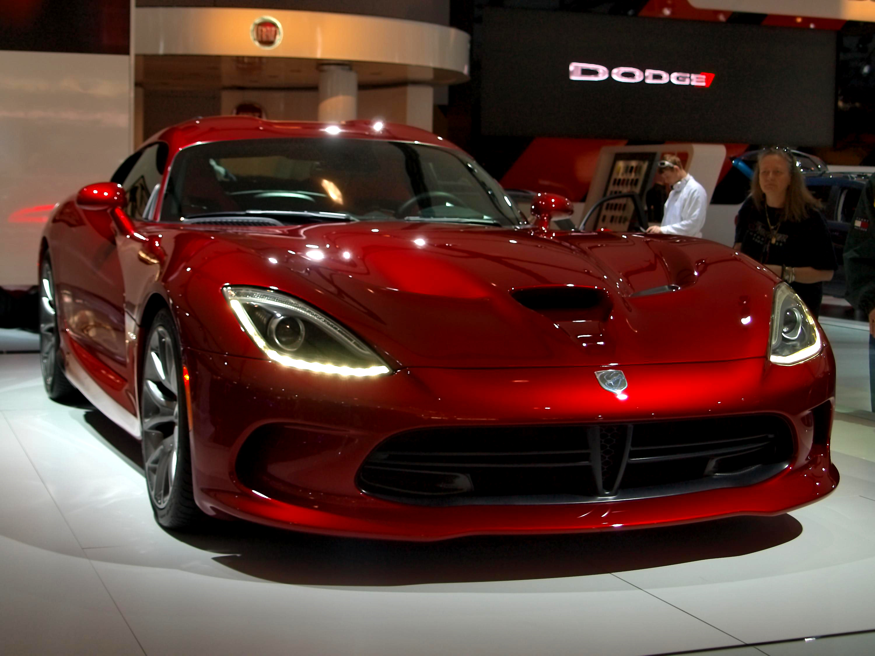 File Quot 12 Fiat Chrysler Srt Viper Metal Red Coupes Super