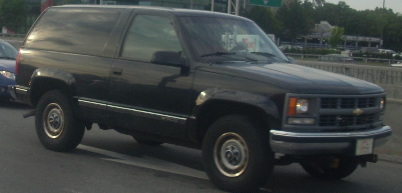 1993 chevrolet blazer silverado 2dr suv 5 7l v8 4x4 manual rh carspecs us 87 Chevy Blazer 4x4 69 72 Chevy Blazer