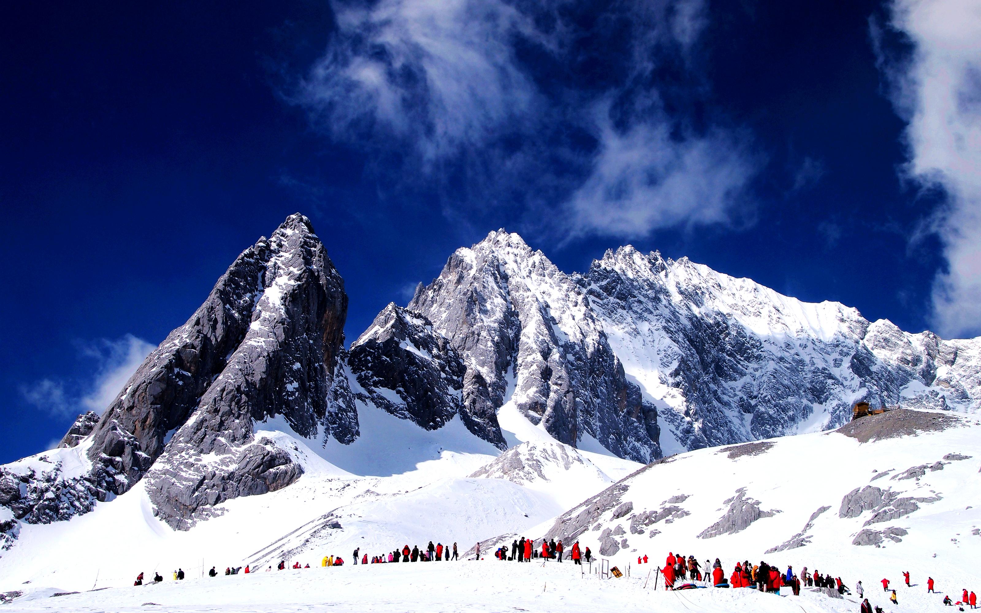 ผลการค้นหารูปภาพสำหรับ Jade Dragon Snow Mountain