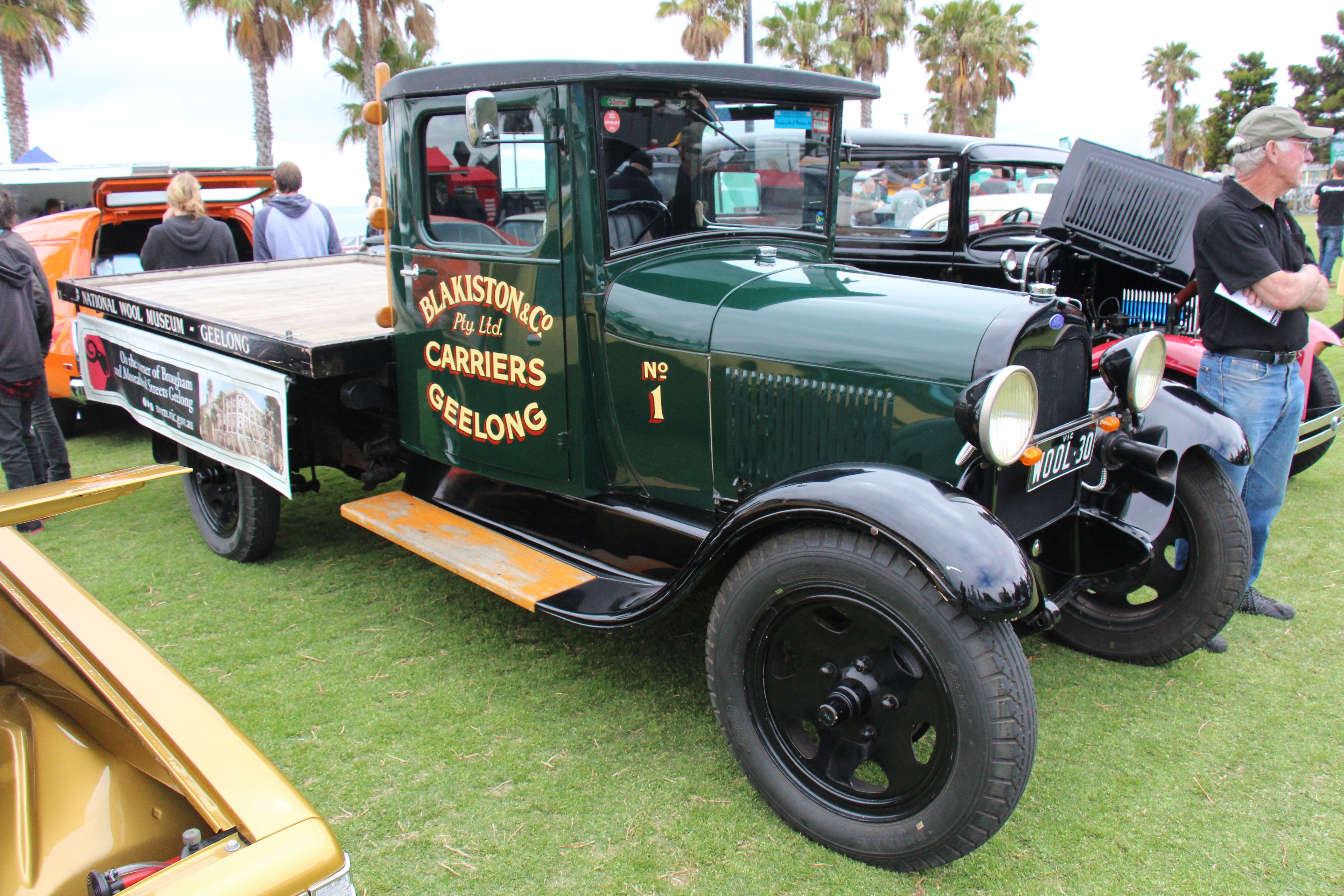 2775615ac41fad File 1930 Ford Model AA Truck (30507445534).jpg - Wikimedia Commons