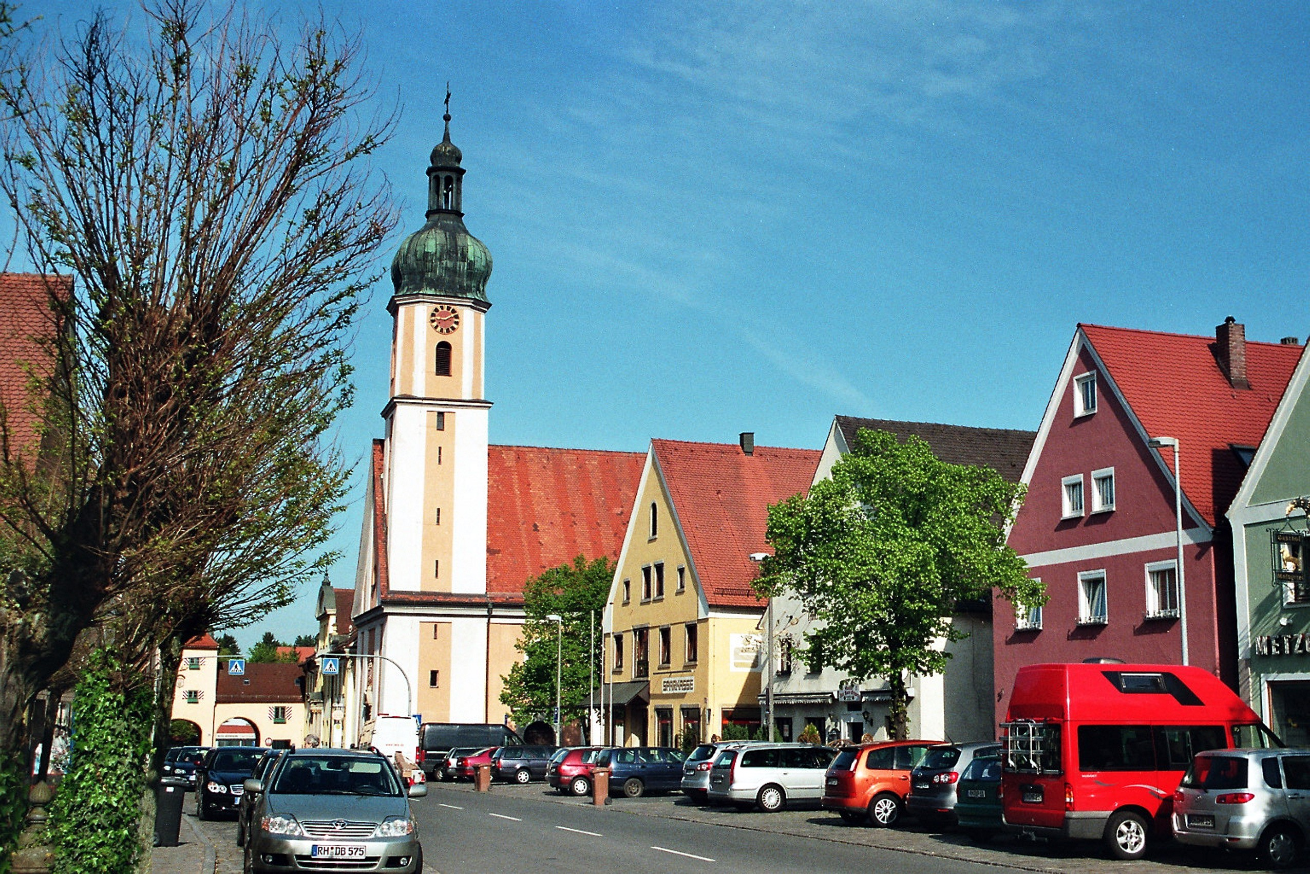 File Allersberg Marktplatz Und Maria Himmelfahrt Kirche Jpg