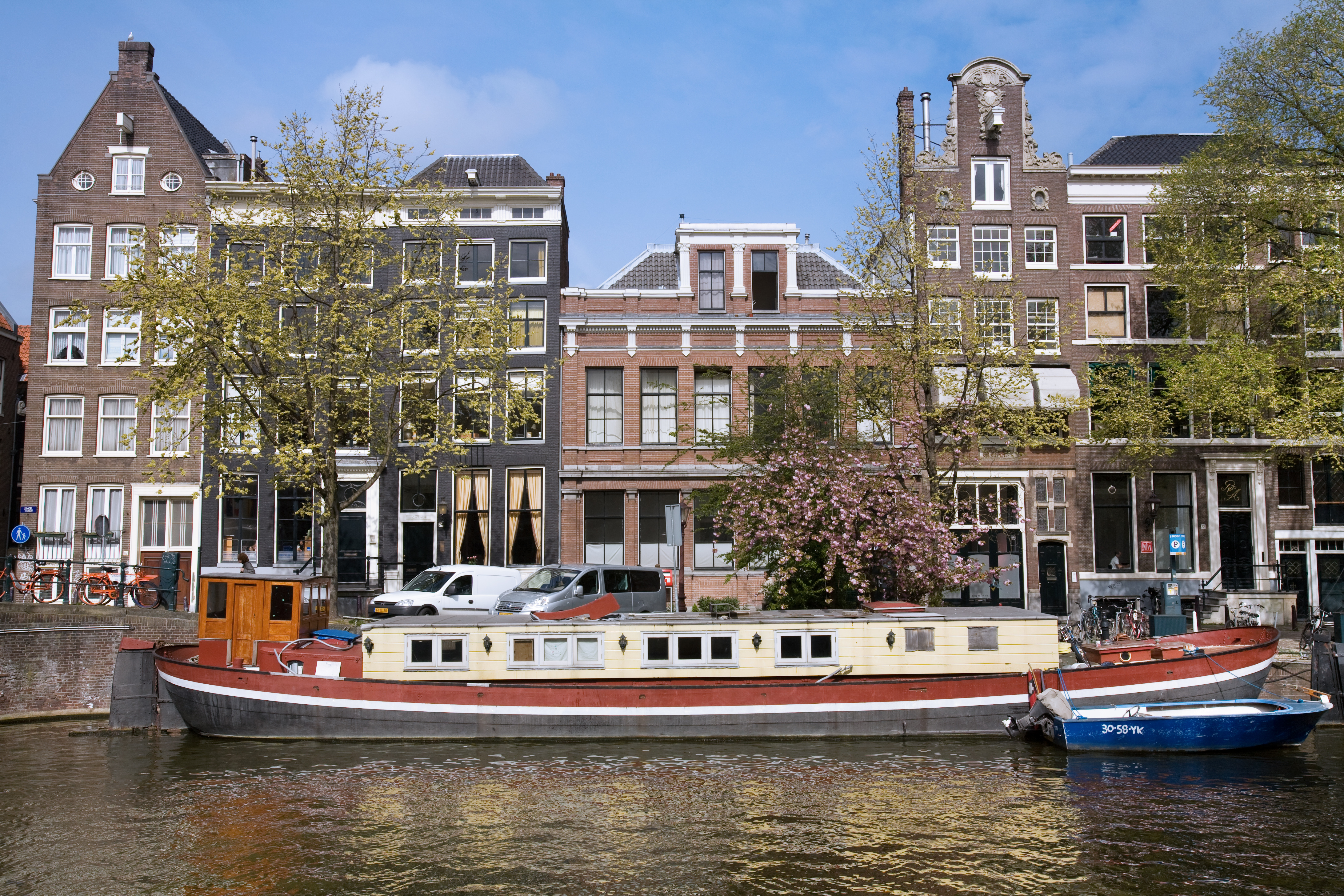 File amsterdam boathouse wikimedia commons for Houseboat amsterdam